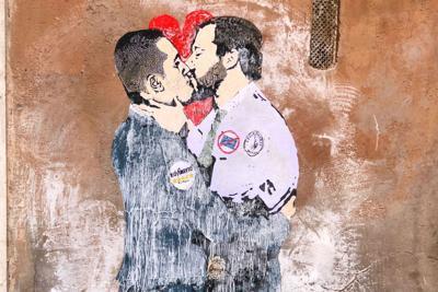 murales_bacio_Salvini_DiMaio_rit